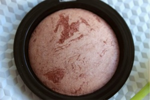 Revolution Make Up Vivid Baked Bronzer in Ready to Go Review Swatch Swatches (4)