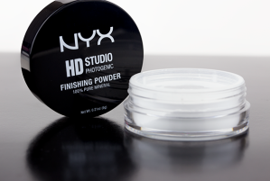 NYX-HD-Studio-Photogenic-Finishing-Powder-2