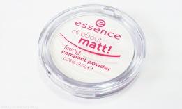 essence-all-about-matt-fixing-compact-powder-1