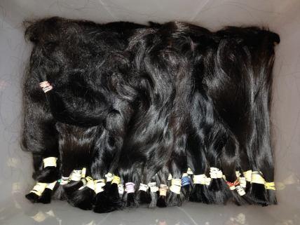 hair-weft-batched-black