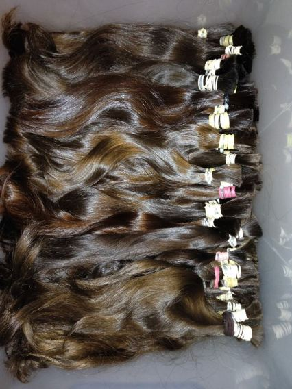 hair-weft-batched