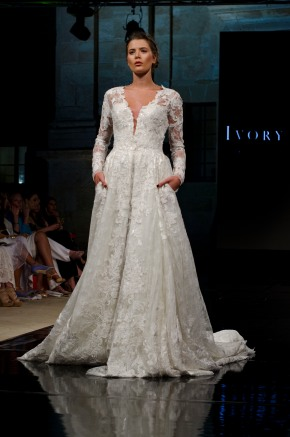 Event Post #45 | Mercedes-Benz Fashion Week Malta 2K17 | Day 3 : Show 1 : Bridal by Ivory & Co.