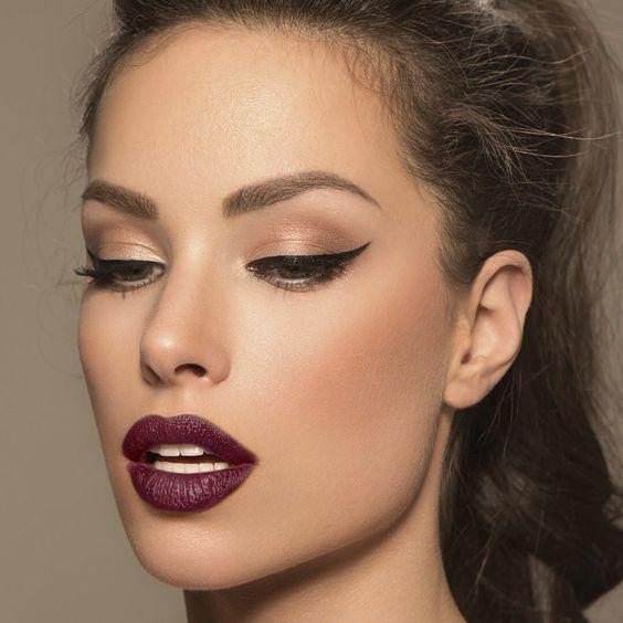 Plum lips 1