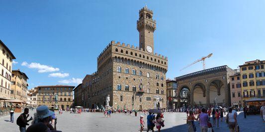 1200px-Piazza_Signoria_-_Firenze
